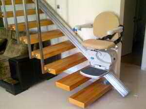 ucuz uygun fiyatlı koltuklu merdiven asansörü